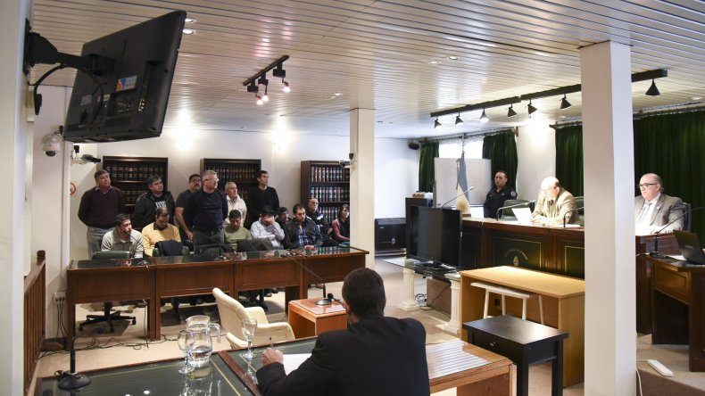 El tribunal presidido por Enrique Guanziroli dictó dos condenas y absolvió al resto de los imputados.