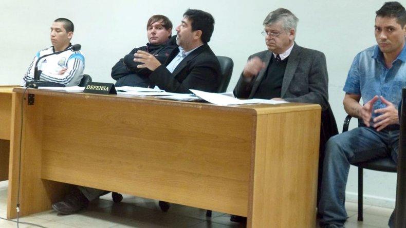 El lunes los tres imputados por el homicidio de Néstor Vázquez conocerán la decisión de la Justicia.