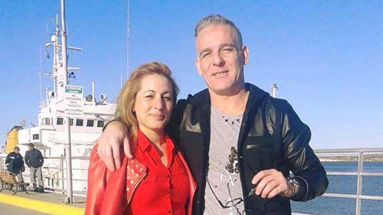 César Alejandro Hernández posteaba a través de la red social Facebook sus días de descanso en Puerto Madryn.