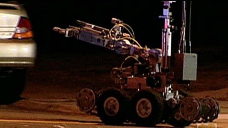 La primera persona abatida por un robot policial