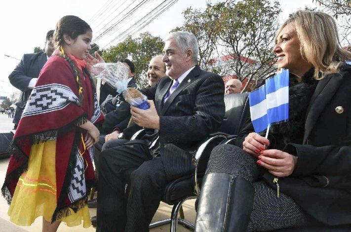 El gobernador ratificó ayer su compromiso político
