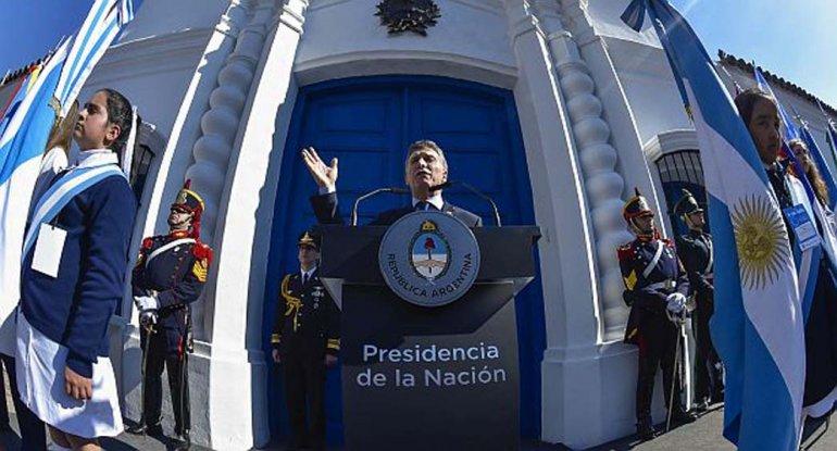 Macri encabezó las celebraciones por el Bicentenario de la Independencia en Tucumán.