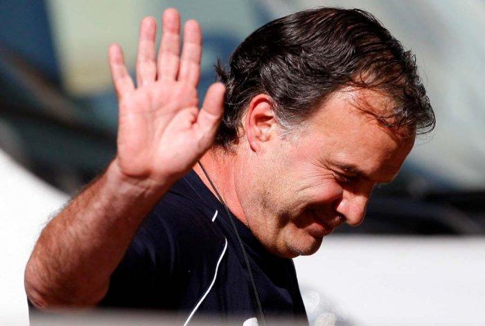 El club Lazio anticipó una demanda millonaria contra el DT Marcelo Bielsa