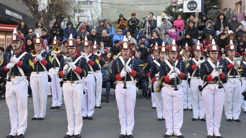 Comodoro vivió una cálida celebración  del Bicentenario en la calle San Martín