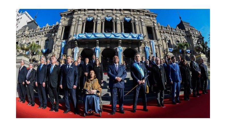 Macri firmó un acuerdo con las provincias