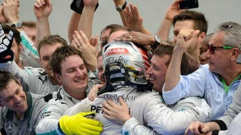 Hamilton ganó el Gran Premio de Inglaterra