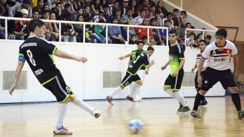 UOCRA le ganó 4-3 a Flamengo y se clasificó para jugar la final del torneo Apertura.