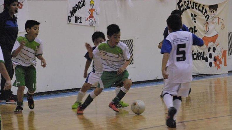 Los más chicos tuvieron un fin de semana de definiciones en la Liga Municipal de fútbol.