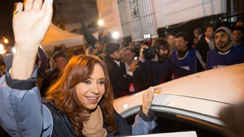 La expresidente Cristina de Kirchner realizó dos presentaciones ante la Justicia.