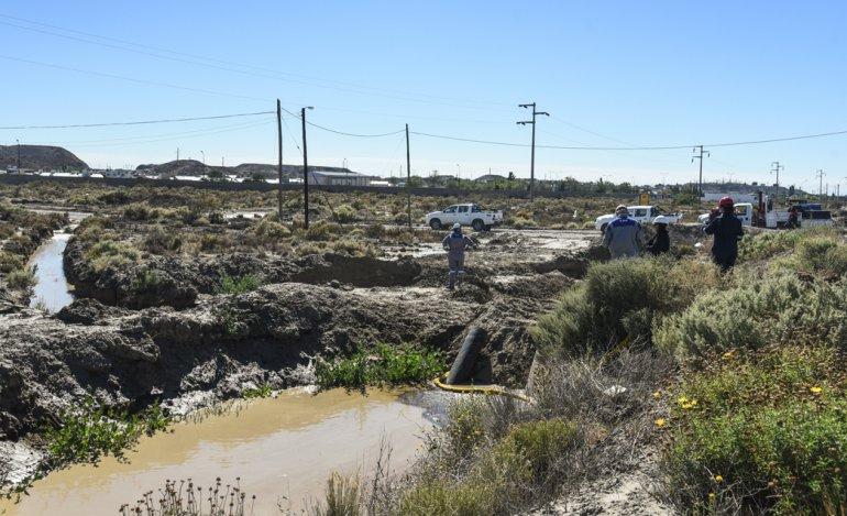 Las actuaciones surgieron a partir de un derrame petrolero ocurrido en el barrio de Diadema en 2013 y en el que se comprobó que un mes más tarde no se había avanzado en el saneamiento y remediación.