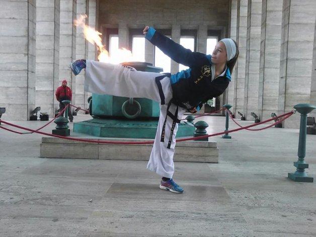 Una comodorense presente en el Mundial de taekwondo