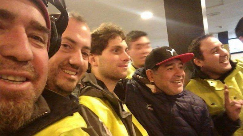 Maradona llegó a Ushuaia y revolucionó el aeropuerto