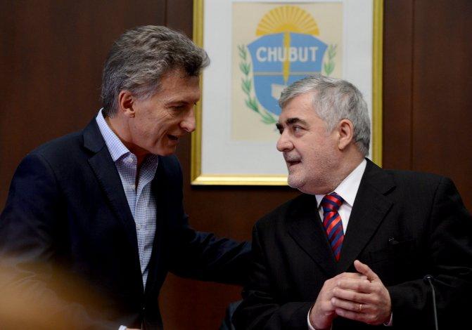 Hablé con Macri y le fijé mi posición sobre los reembolsos por puertos  patagónicos