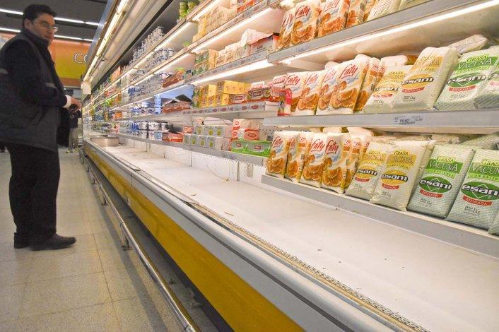 Leches y yogures en sachet fueron los productos que más escasearon estos últimos días.