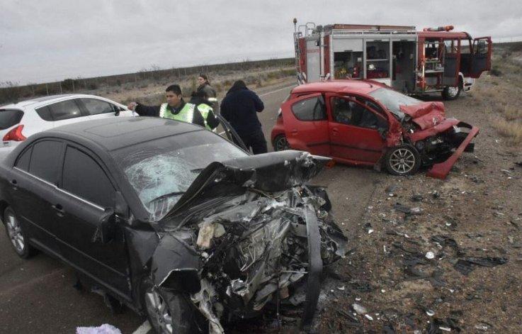 Accidente en Madryn: murieron cuatro personas y hay un nene herido