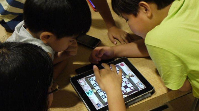 Cómo alejar a los niños de las tablet y celulares en las vacaciones