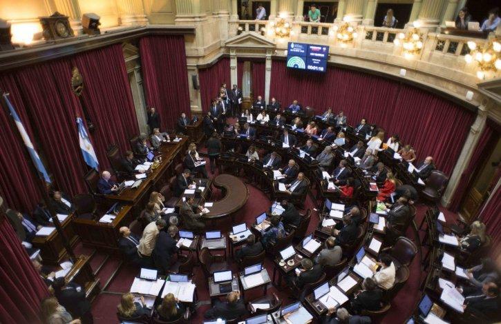Senado aprobó un proyecto para reclamar la suspensión del tarifazo del gas