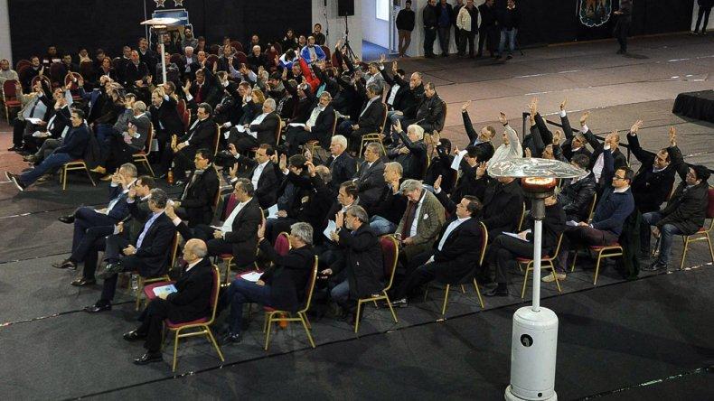 Setenta asambleístas votaron a favor de la Super Liga