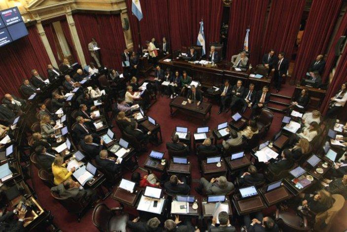 El Senado reclamó la suspensión del tarifazo al gas.