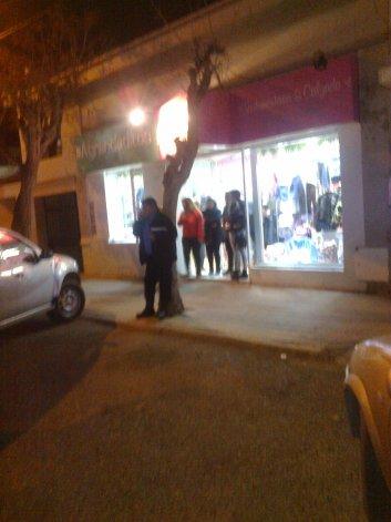 El robo ocurrió el viernes a la noche y pese a que los delincuentes no exhibieron armas