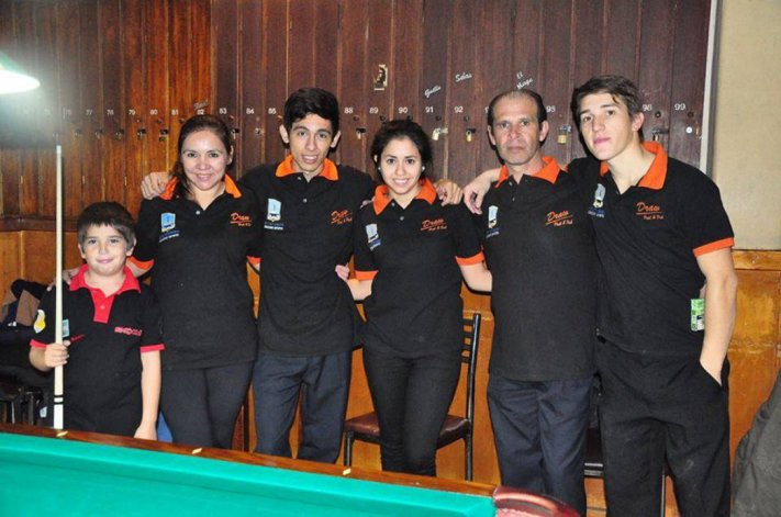 Parte de los representantes de Comodoro Billar Club en torneos regionales y nacionales.