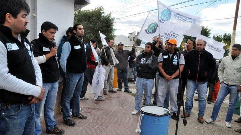 En Santa Cruz la CEOPE tampoco quiere cumplir con Petroleros