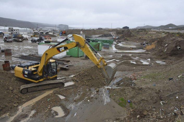 Ayer por la mañana continuaron los trabajos en el Parque Industrial