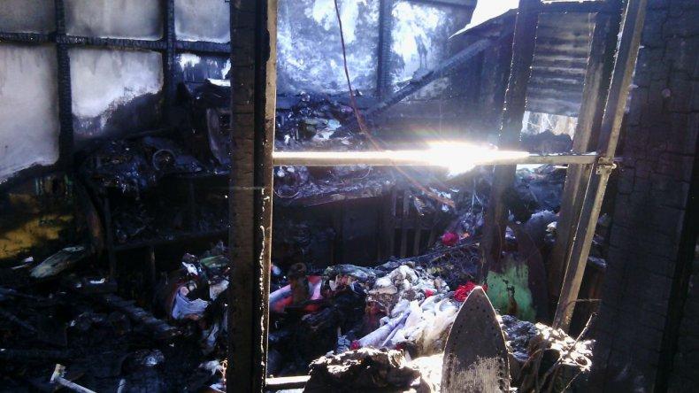 Una familia perdió todo en un incendio y solicitan ayuda