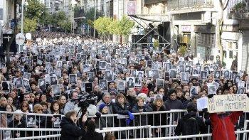 conmemoran el 23 aniversario del atentado contra la sede de amia