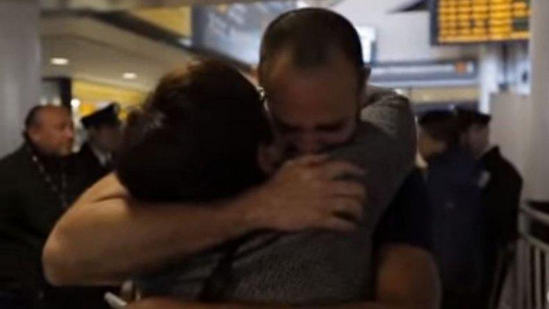 Se reencontró después de 41 años con su hijo robado en la dictadura