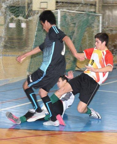 Casino Club derrotó 4-1 a El Pocho y se metió en los cuartos de final de la categoría Juvenil Honor.