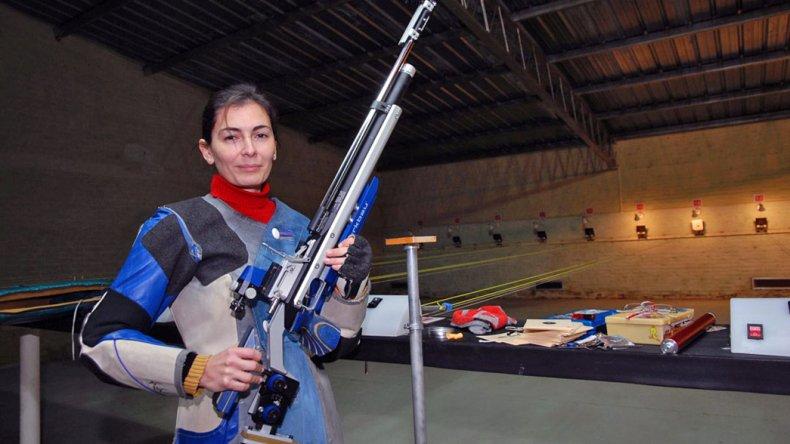 Amelia Fournel competirá en Rifle tres posiciones. Este será su tercera intervención en los Juegos Olímpicos.