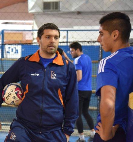 Nicolás Segura cuenta con un joven plantel que intentará hacerse fuerte en una zona complicada