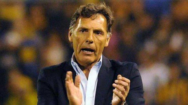Miguel Angel Russo apareció como el principal candidato para ser el DT del seleccionado argentino.
