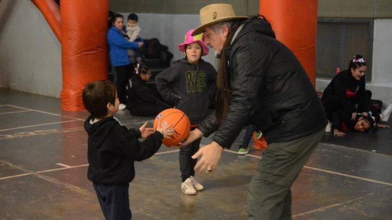 En las instalaciones del Domingo Savio se realizó ayer el cierre del Patio Abierto de invierno.