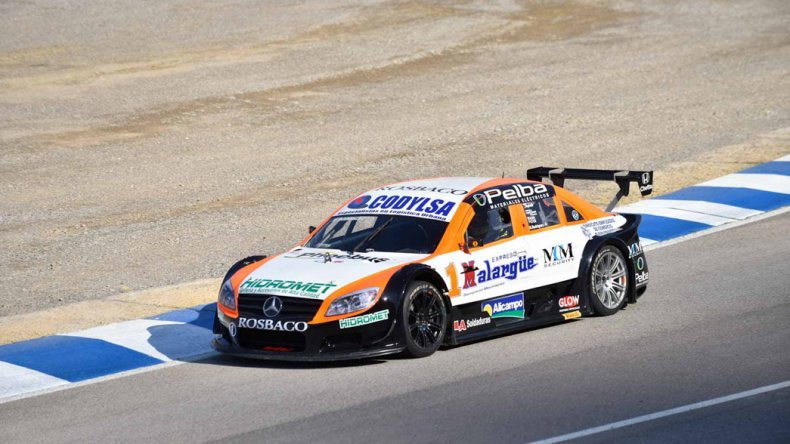 El Mercedes de Matías Rodríguez que ayer fue el mejor en la segunda tanda libre de la Top Race V6.