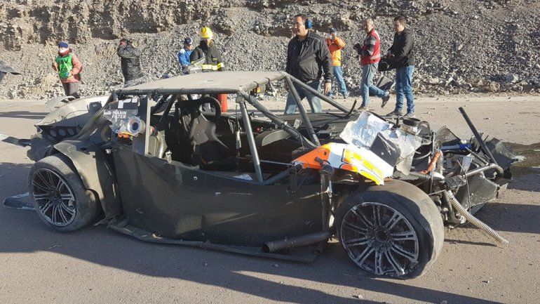 Así quedó el auto de Bruno Etman ayer en el autódromo de San Juan.