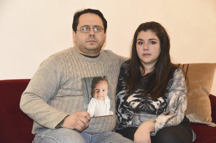 Víctor y Paola Russo perdieron a su hijo Nicolás.
