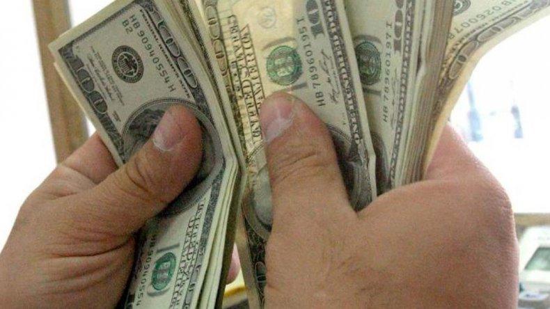 El dólar alcanzó nuevo récord
