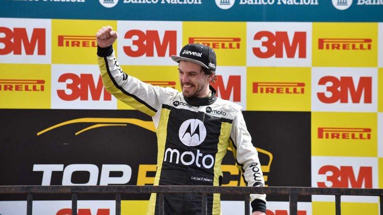 Josito Di Palma festeja su victoria ayer en la segunda final del TRV6.