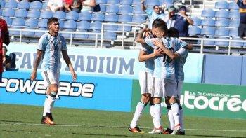 Argentina fue de menos a más y no tuvo inconvenientes para vencer a Haití.