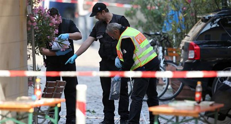 El atentado provocó un muerto y varios heridos.