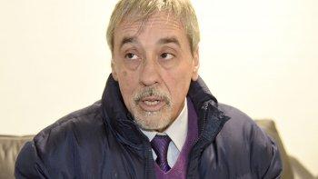 Raúl Belcastro, representante de la lista Celeste y Blanca, sostuvo que el directorio viene trabajando en la disminución del pago de prestaciones en Comodoro.