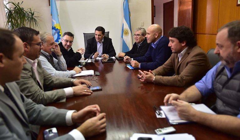 La cumbre de ministros realizada ayer en Rawson marcó una firme postura de la Patagonia en contra de la medida que impulsa el Gobierno nacional.