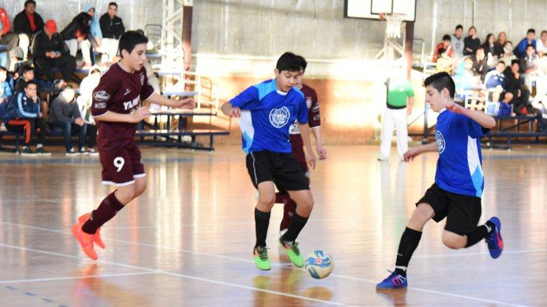 Casino Club A derrotó 5-2 a Lanús y se clasificó para jugar la final en la categoría Menor.