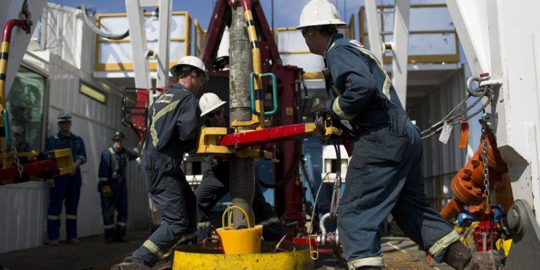 En el sector de los trabajadores petroleros hay incertidumbre por lo que pueda pasar desde el lunes