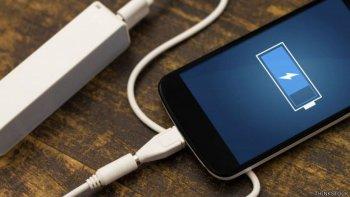 los cinco errores que cometes al cargar la bateria