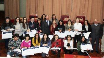 Los mejores alumnos, por sus promedios y sus trayectorias, fueron distinguidos ayer en sesión especial de la Legislatura.