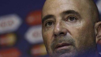 Jorge Sampaoli también se bajó para la candidatura de ser el próximo entrenador de la selección argentina.
