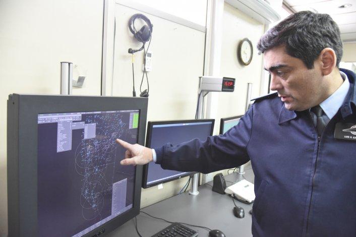 El nuevo Centro de Control Aéreo permite visualizar la trayectoria de cada vuelo y automatizar todo su funcionamiento